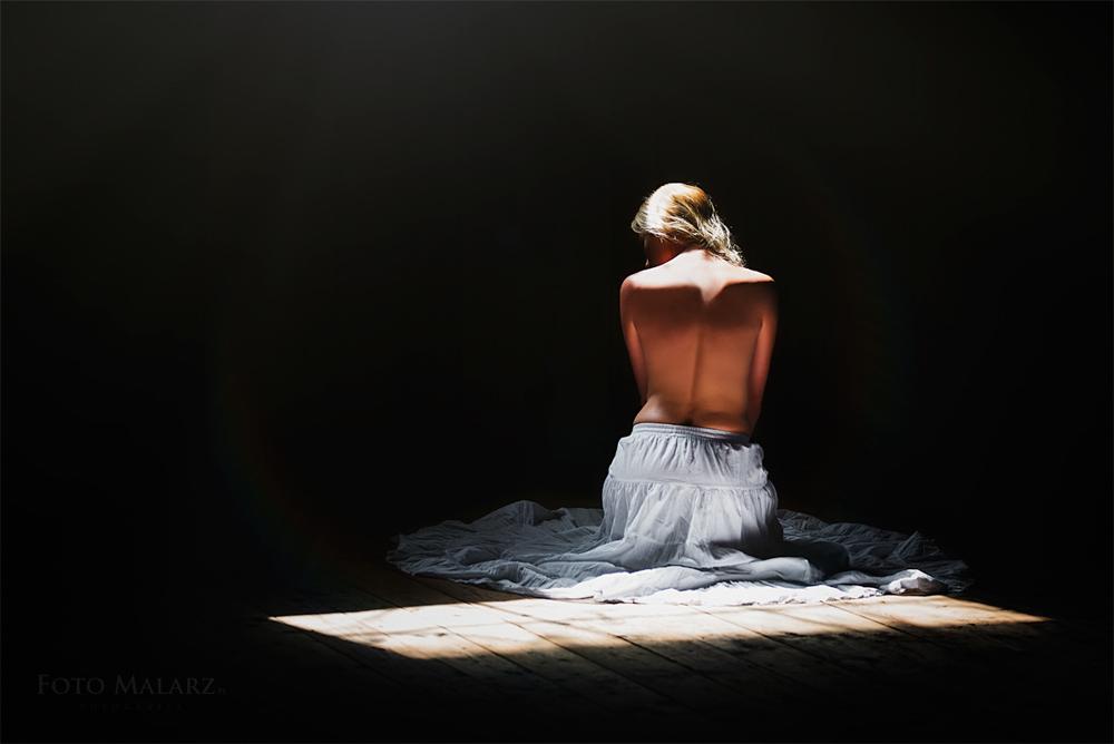 akt foto malarz
